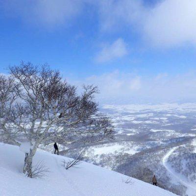 雪山と菅野一勢